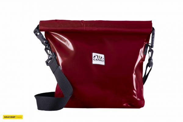 Capaci Waterproof tas in kleur rood